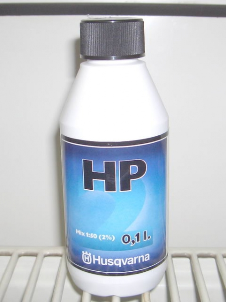 Husqvarna Zweitaktöl HP / High Performance 100ml (23,50 EUR / Liter)